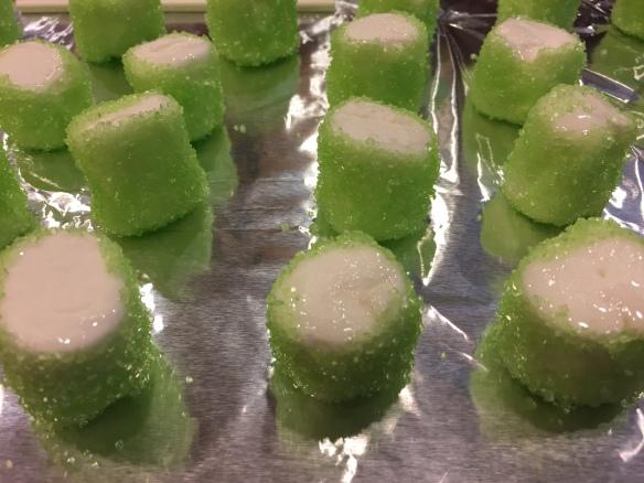 Frankenstein Marshmallow Pops | Pinky's Pantry